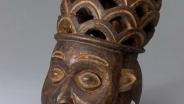 Антропоморфная маска-шлем Камерун, народ баньянг Дерево, черный пигмент; резьба Конец XIX – начало ХХ в.