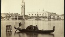 Венеция вдали, как странный сон…